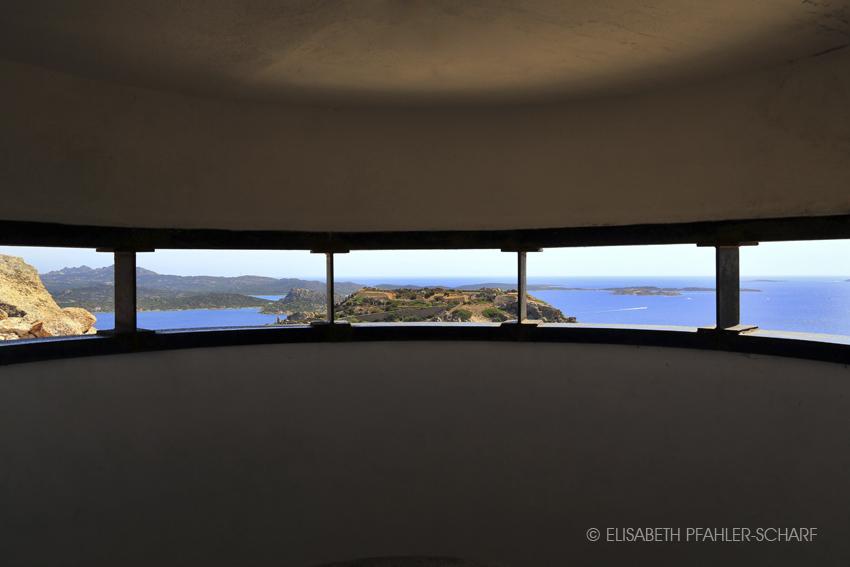 Blick durch Aussichtsplattform